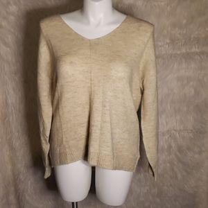 NWT H&M Cream VNeck Sweater
